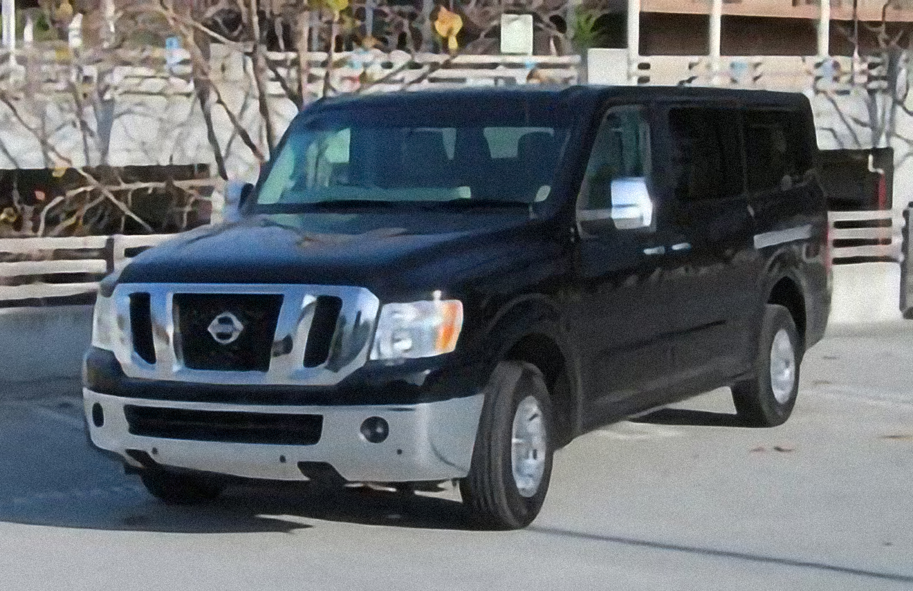 Nissan NV Passenger NV3500 HD